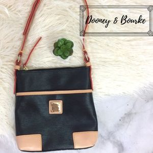 Dooney & Bourke Black Textured Leather Hand Bag